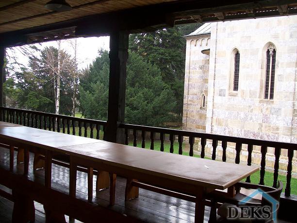 Dihtovanje Manastira